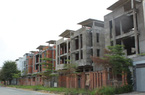 Dân đầu tư quay trở lại, bất động sản tiềm ẩn rủi ro