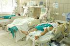 2 tuần, 23 bệnh nhân phải vào Bệnh viện Bạch Mai vì ngộ độc rượu!