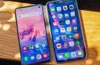 """Cùng phân khúc giá nên chọn Galaxy S10e hay iPhone XR du xuân """"đã"""" hơn?"""