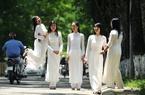Đề xuất chọn áo dài làm mẫu Lễ phục Nhà nước