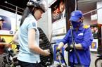 Những câu hỏi quanh việc điều hành giá xăng dầu