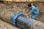 Thi công QL18 vỡ đường ống nước: Trách nhiệm bị đùn đẩy