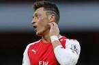 Mesut Ozil lại khiến CĐV Arsenal lo sốt vó
