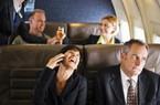 """Những hành động khiến bị """"tẩy chay"""" khi đi máy bay"""
