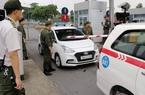 Khống chế tài xế taxi dùng dao uy hiếp nhân viên an ninh sân bay Nội Bài