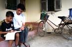 Thủ khoa ĐH Kinh tế Quốc dân: Mong có chiếc xe đạp mới cho mẹ