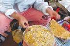 Đến Đà Lạt ăn bánh nướng trứng hành béo giòn thơm phức