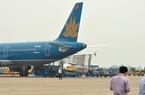 115 khách của Vietnam Airlines ngồi gần 2 tiếng trên máy bay chờ... cất cánh