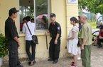 """Ôm bụng bầu 8 tháng đi """"săn"""" vé xem U19 Việt Nam từ 3 giờ sáng"""