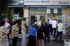 Khủng hoảng tài chính tại Hy Lạp: Người chết cũng khổ