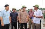Bão số 4 sắp đổ bộ: Bộ trưởng NNPTNT yêu cầu Nghệ An di dân khẩn