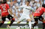 "Clip: Ronaldo ""đáp lời"" Messi, Real đại thắng Mallorca"