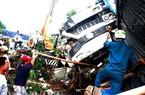 Xe tải từ hầm Hải Vân mất thắng, lao vào nhà dân