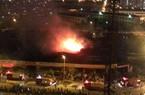 Clip: Cháy lớn trong khu gara ô tô, nhà hàng ăn uống phía sau Keangnam