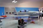 Cận cảnh máy bay Yak 152 thế hệ mới của Nga