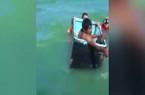 Video: Bị chìm tàu, hai ngư dân Mexico sống sót suốt 24 giờ theo cách khó tin