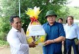 Ninh Thuận: Nuôi bò mà sắm ô tô đời mới giá hơn 600 triệu đồng của vợ chồng ông nông dân ở huyện Bác Ái