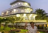 Bất ngờ phía sau quầy bán lươn của một ông nông dân Vĩnh Long là căn nhà 5 tỷ, thiết kế như chiếc du thuyền