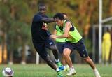"""Tin sáng (15/4): HLV Kiatisak nhận tin cực vui về """"Ronaldinho Việt Nam"""""""
