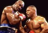 """Đấu sĩ hung bạo đánh bại """"chiến thần"""" Mike Tyson là ai?"""