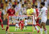 Trọng tài bắt trận Việt Nam vs UAE nhận sai, xin lỗi CĐV Việt Nam?