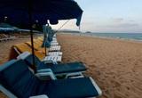 Thái Lan thúc đẩy mở cửa du lịch: Đảo Phuket đón du khách quốc tế đã tiêm chủng từ tháng 7