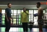 """""""Cao thủ"""" Hình Ý Quyền Trung Quốc múa may, bị võ sĩ MMA hạ trong... 1 phút"""