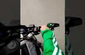 """Thanh niên chạy Grab Ducati """"chăn rau"""" của năm đây rồi"""