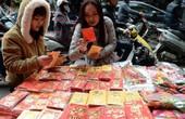 Mỗi hộ gia đình Việt chi 14 triệu cho Tết Nguyên Đán