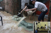Dân Thủ đô be bờ trong nhà, tát nước tránh lụt