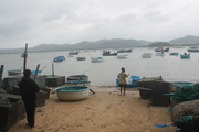 Dày đặc lồng bè nuôi trồng thủy sản nằm ngoài vùng quy hoạch