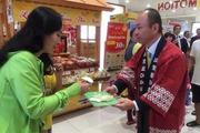 Giám đốc người Nhật tiếp thị bán bánh trôi, nước tương… ở Việt Nam