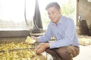 Anh nông dân nuôi vịt giỏi được tặng Huân chương lao động
