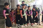 Chùm ảnh Tết Mông ở Mộc Châu: Nô nức du xuân