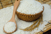"""Nhu cầu xuống thấp, giá gạo """"chạm đáy"""" trong hơn 1 thập kỉ"""