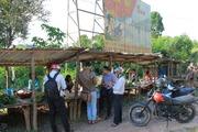 Độc đáo chợ nông sản 10.000 đồng nằm lưng chừng đỉnh đèo Măng Rơi