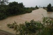 Đắk Lắk: Mưa gió hoành hành, nhiều nhà cửa, hoa màu chìm trong biển nước
