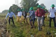 Điện Biên: Cùng nông dân thu gom bao gói thuốc bảo vệ thực vật sau sử dụng