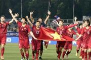 Doanh nhân Lê Hoài Anh thưởng cho đội tuyển bóng đá nữ 200 triệu đồng