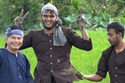 Khách tây thích thú khi trải nghiệm du lịch nông nghiệp sạch