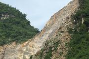 Hòa Bình: Nổ mìn khai thác đá, hành hạ 135 hộ dân hơn 10 năm qua