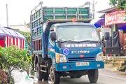 Tổ xung phong thu gom rác ở nông thôn nơi vùng sâu, vùng xa