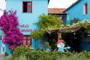 Ngôi làng Xì Trum trong rừng thu hút hàng trăm nghìn du khách mỗi năm