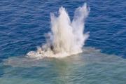 Video núi lửa phun trào hình thành một hòn đảo giữa biển khơi