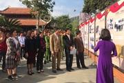 """Sơn La: Khai mạc triển lãm ảnh """"Đất nước trọn niềm vui"""""""