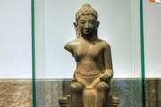 Ngắm bức tượng Phật cổ ngàn tuổi độc đáo hiếm có không chỉ của Việt Nam mà của cả vùng Đông Nam Á