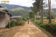 Bản vùng cao Đông Suông làm nông thôn mới