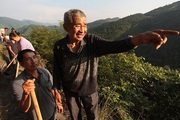 Khâm phục cụ ông dành 36 năm cuộc đời đào mương xuyên 3 quả núi để dẫn nước về làng