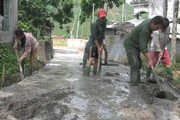 Những tuyến đường dân làm, dân hưởng ở khu Vai