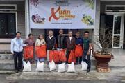 """Công ty CP Giống cây trồng Trung ương Quảng Nam mang """"Xuân yêu thương"""" đến gia đình chính sách"""